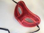 Maska sa šljokicama