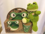 Cena: 2000 din Ekološki set za bebe izrađen od bambusa i plišana žaba koja krekeće