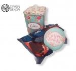 Slatki paket sadrži: Metalna kutija, 3 pakovanja jafe. Cena: 1500din /42