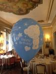 helijumski baloni za stolove za goste