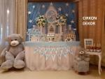 dekoracija slatkog stola za krštenje