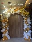 svod od balona za venčanje