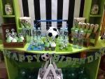 Dekoracija slatkog stola fudbal