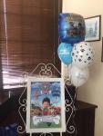 tabla dobrodošlice i helijumski baloni